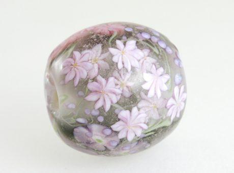 37400 本山すみ子 とんぼ玉・花ごろも 紫系2