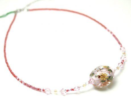 90060 初月MASA ウサギ(ピンク)ビーズ1