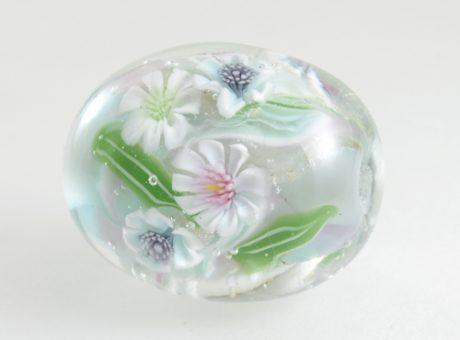96064 清水みゆき ピンク・白・水色の花1
