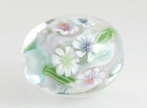 96064 清水みゆき ピンク・白・水色の花