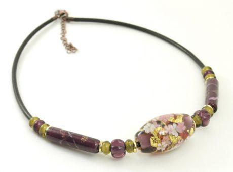 97063 工房彩 大玉ネックレス 桜 赤紫 牛革紐1