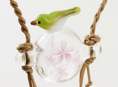 104-W01 波岡恵子 桜とメジロさん