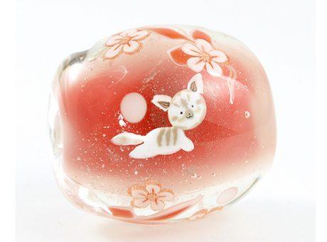 94203駒形遵・茶虎猫(赤)1