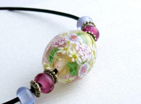 96087 清水みゆき (ネックレス)バラの花束 1