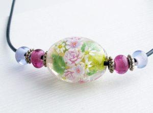 96087 清水みゆき (ネックレス)バラの花束