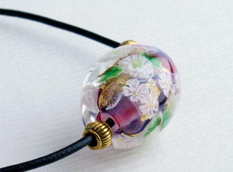 96090 (ネックレス)白い菊とさくら 1