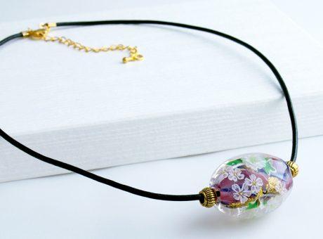 96090 (ネックレス)白い菊とさくら 2