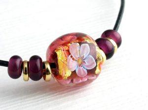 97160 工房彩 小玉ネックレス 桜赤紫 2 鹿革紐